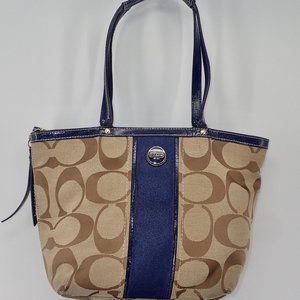 Authentic Coach Purse F21950 Signature Print Tote